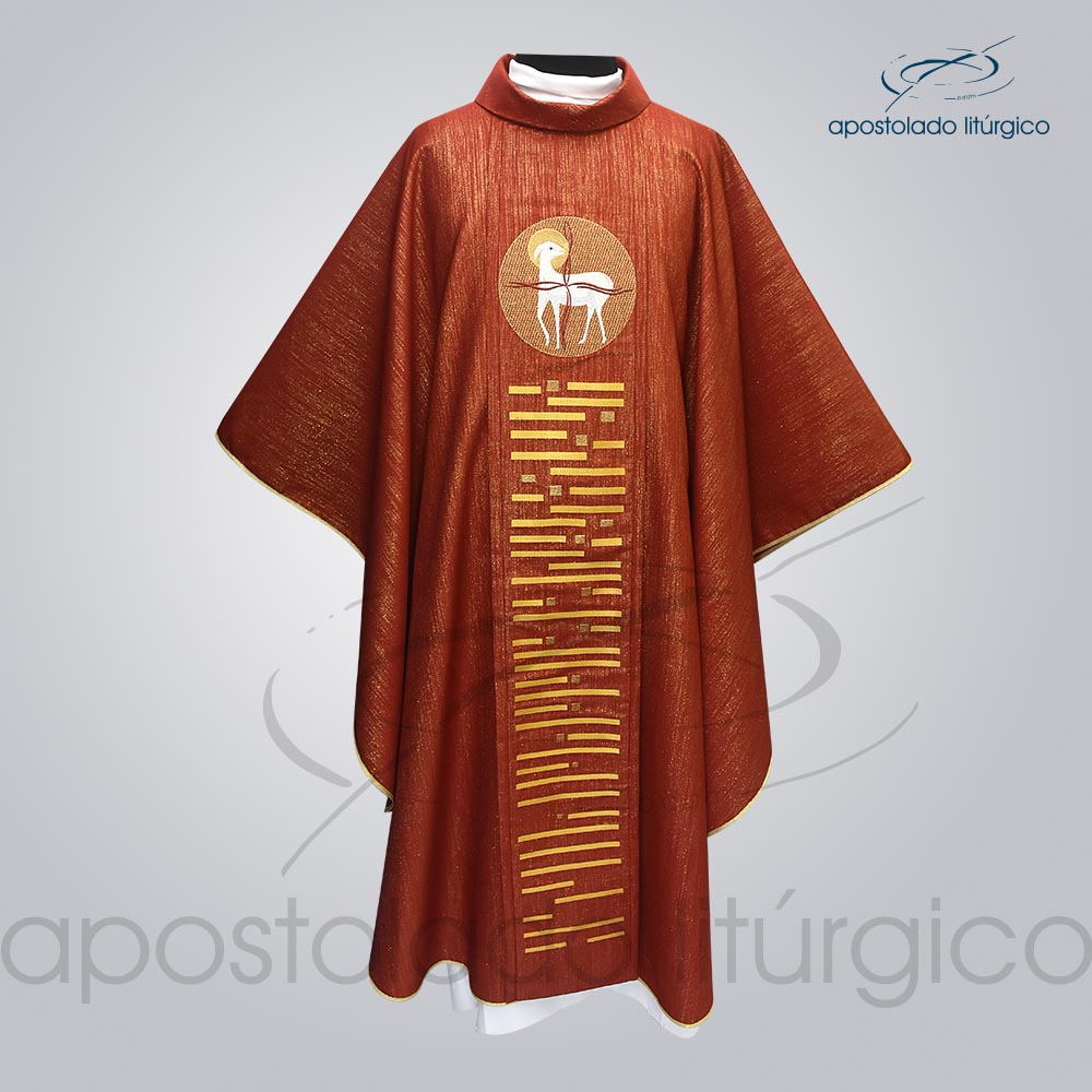 Casula Ravena Bordado Cordeiro Vermelha Frente COD 3157   Apostolado Litúrgico Brasil
