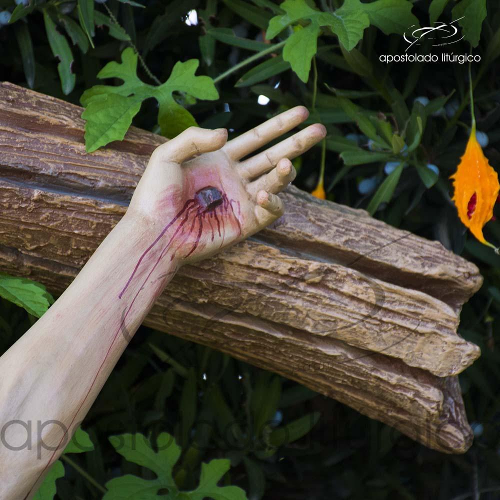 Imagem Cristo Crucificado 1 MT Cruz 2 MT mao esquerda COD 4188 | Apostolado Litúrgico Brasil
