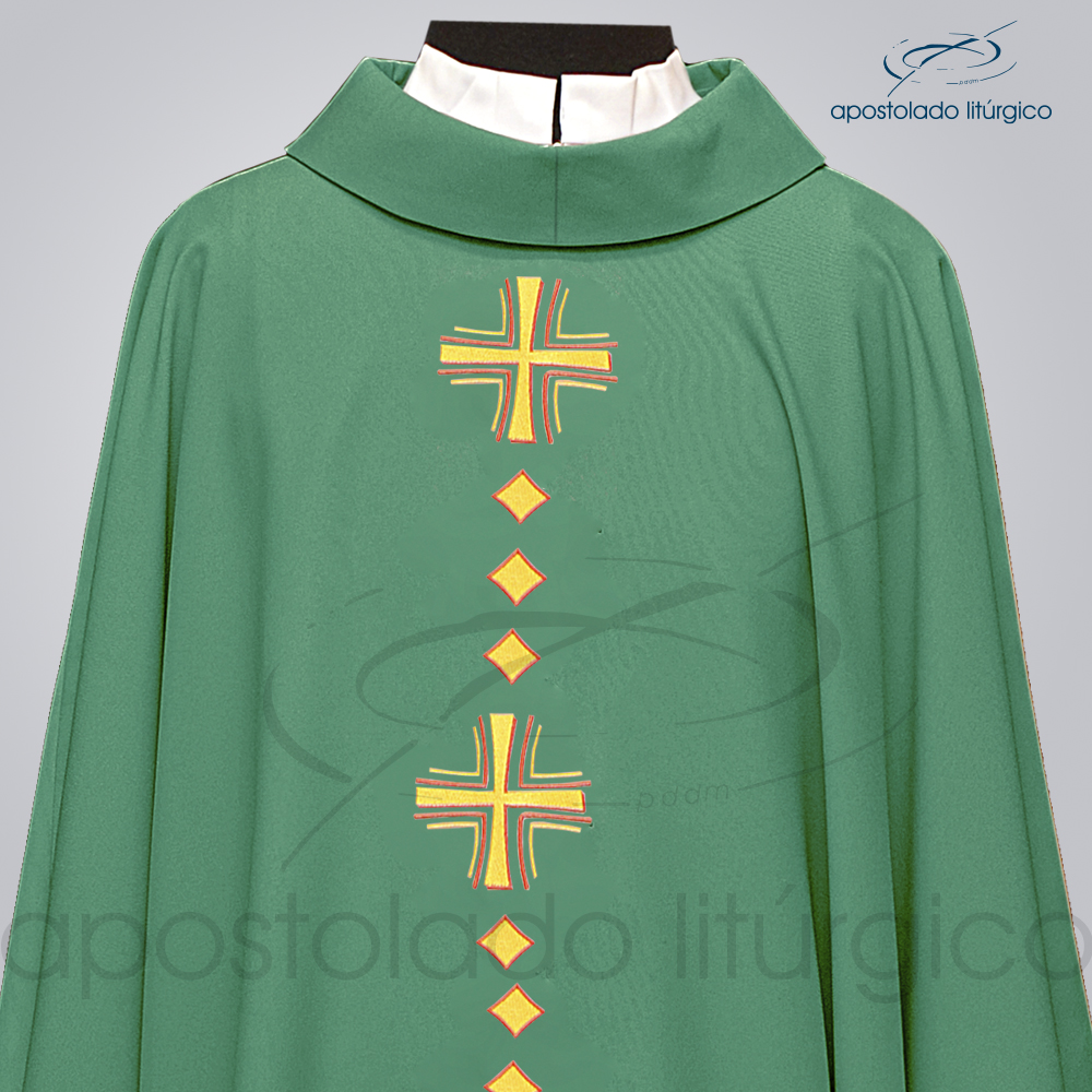 Casula Oxford Bordada Cruz Vida Verde Frente COD 03096 Detalhe | Apostolado Litúrgico Brasil