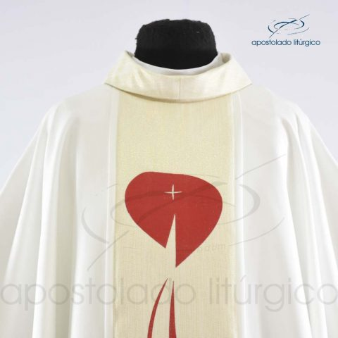 Casula Shantung Galão Sagrado Coração Creme Frente Busto