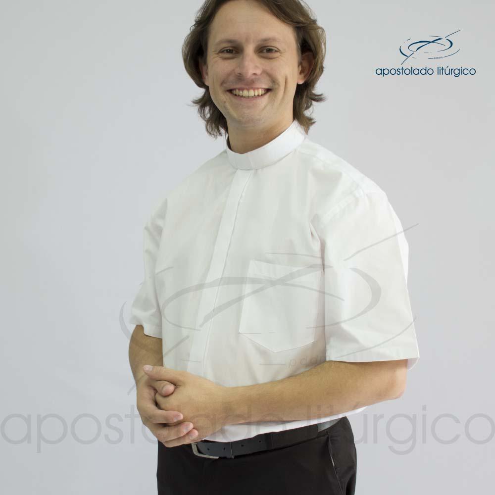 Camisa Easy Care Branca Manga Curta Frente Meio Corpo | Apostolado Litúrgico Brasil