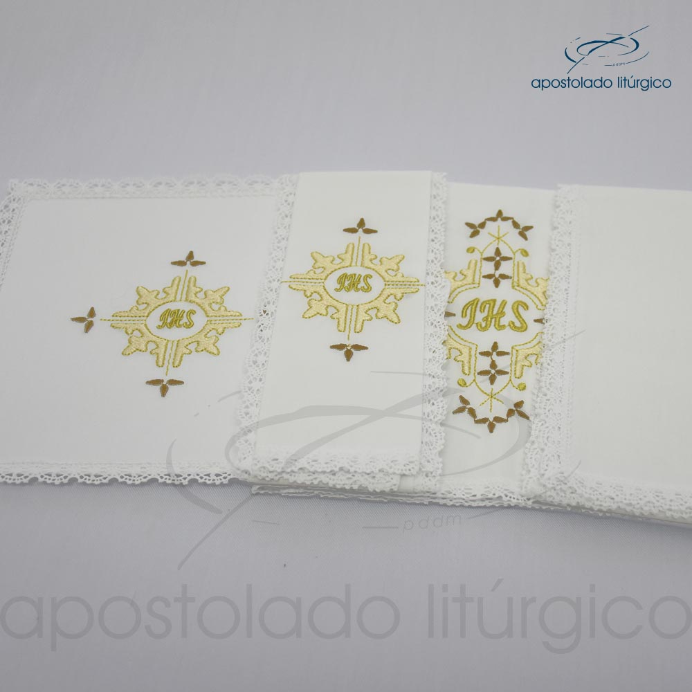Conjunto de algodão bordado grande número 16 JHS 50X50 Código 3431 0016 detalhe2 | Apostolado Litúrgico Brasil